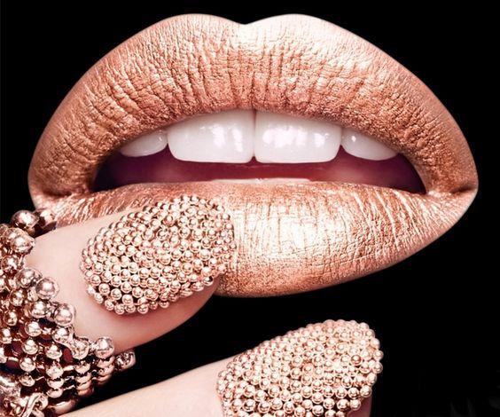 Caviar Nails 17