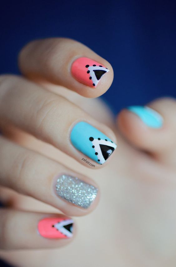 Easy Triangle Nail 10