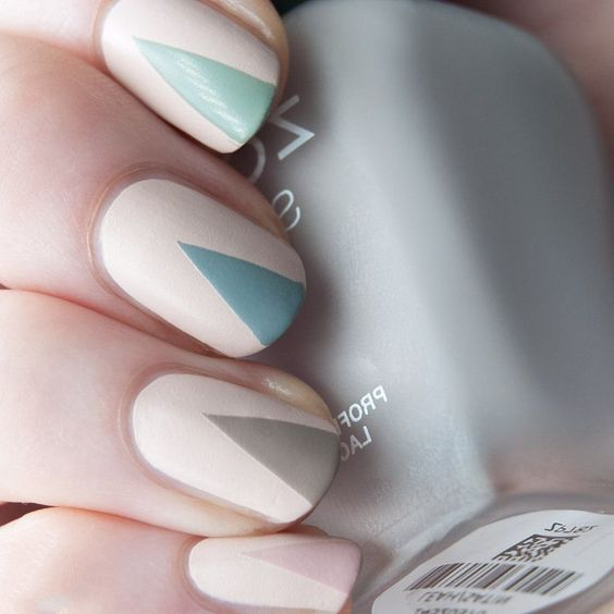 Easy Triangle Nail 2