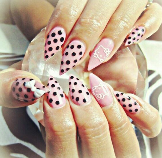 Hello Kitty Stiletto Nail 2