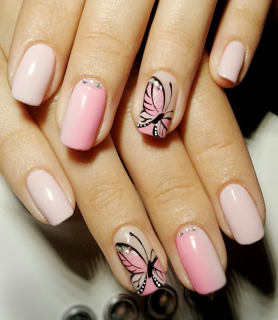 Nails Decorated Butterflies 4