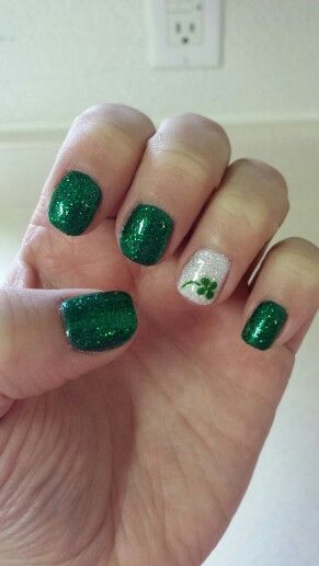 St Patrick Day NAils Ideas 9