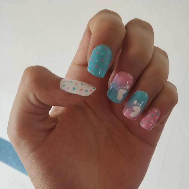 baby shower nails ideas 1