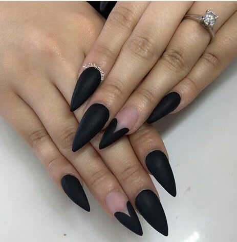 black decorated nails 12