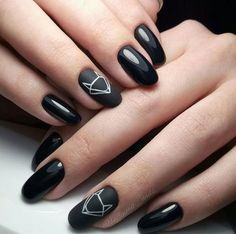 black decorated nails 14