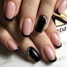 black decorated nails 20