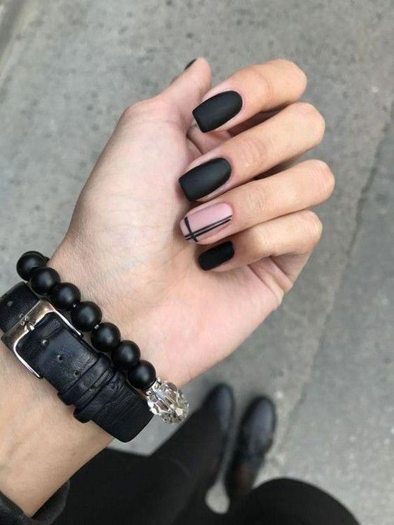 black decorated nails 21