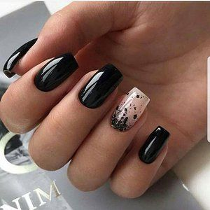 black decorated nails 22