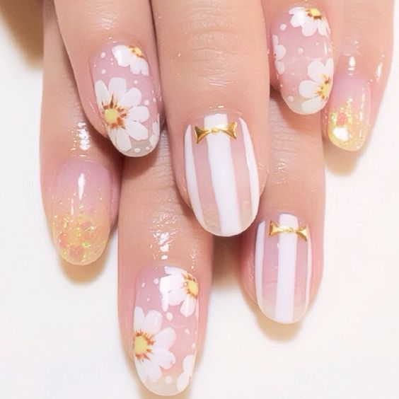 daisy floral nail art ideas 6