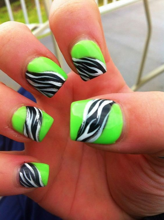 decorated nails animal print 12