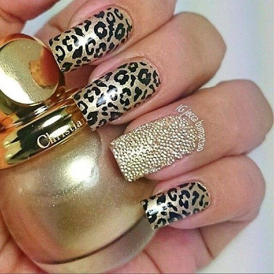 decorated nails animal print 8