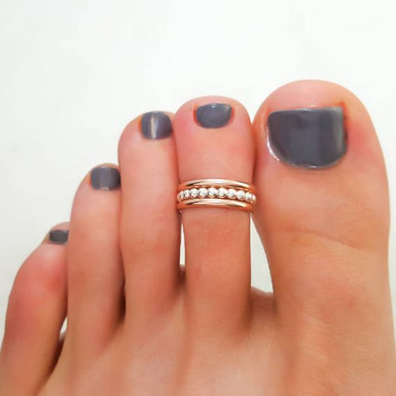 decorated toenails ideas 17