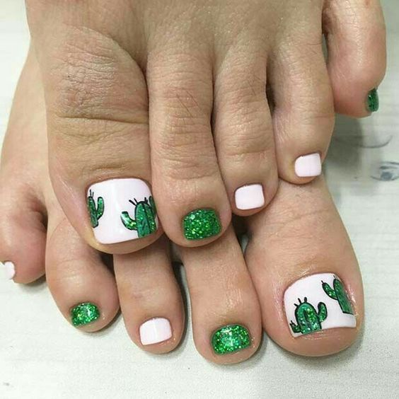 decorated toenails ideas 2