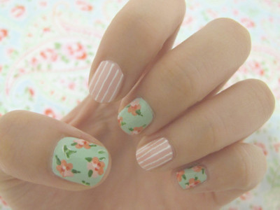 floral nails with stripes