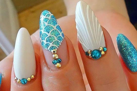 mermaid decorated nails 9