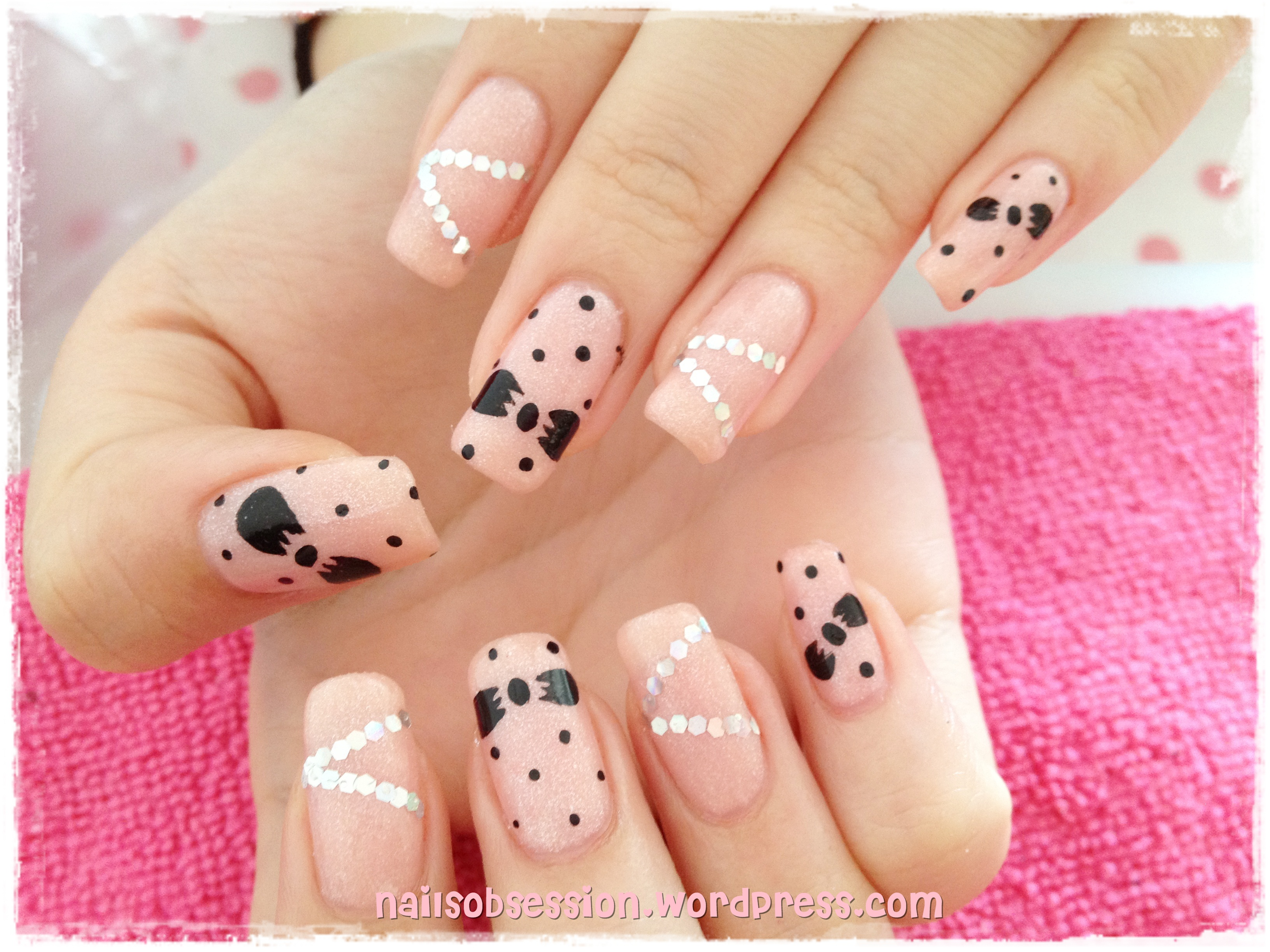 minnie mouse art nails