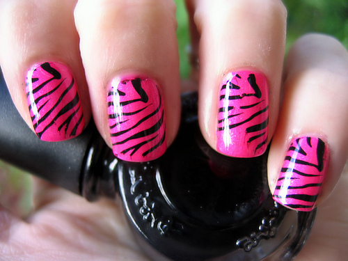nails art design animal print