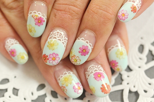 nails floral print decorated