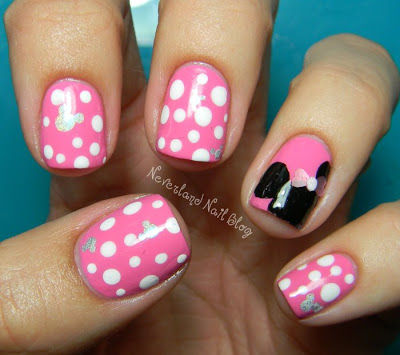 nails minnie mouse