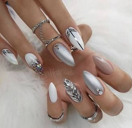 new year nails 18