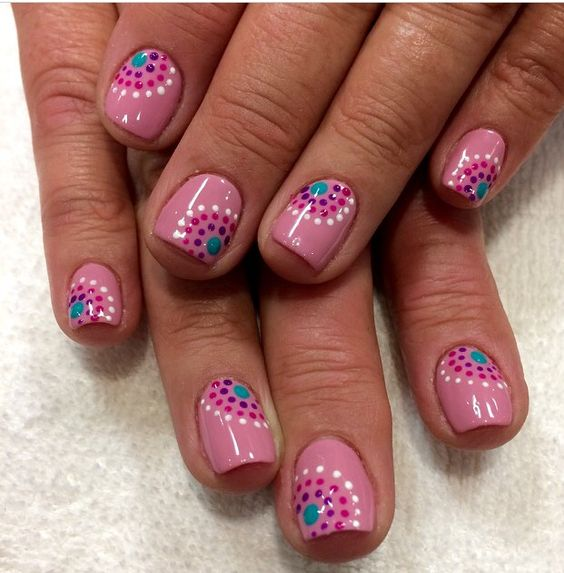 polka dot nail ideas 10