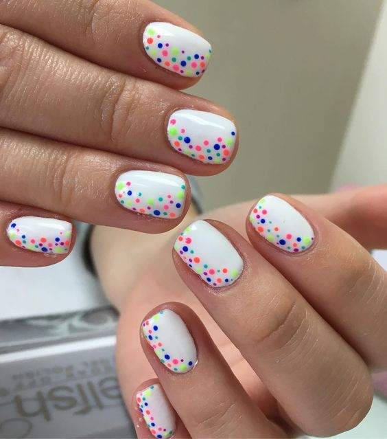 polka dot nail ideas 19