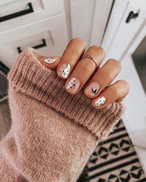 polka dot nail ideas 5