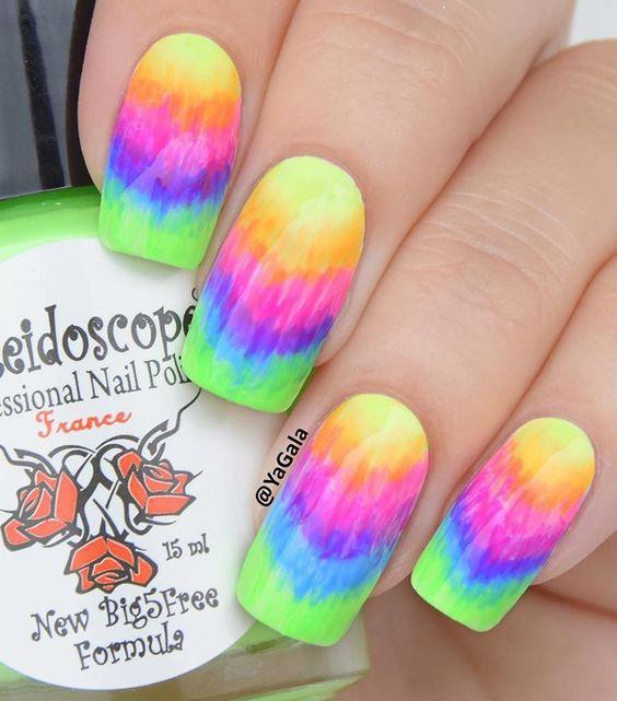 rainbow water nail art 4